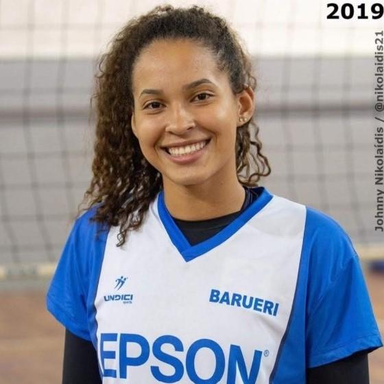 Gabriela Carneiro de Souza