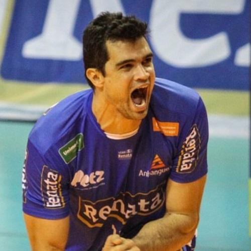 Vinicius Mendes Siqueira